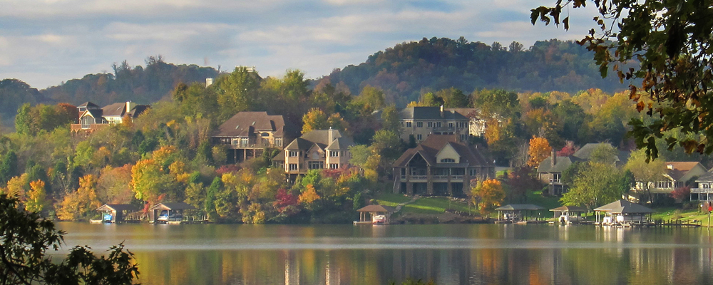 fall, houses on the lake