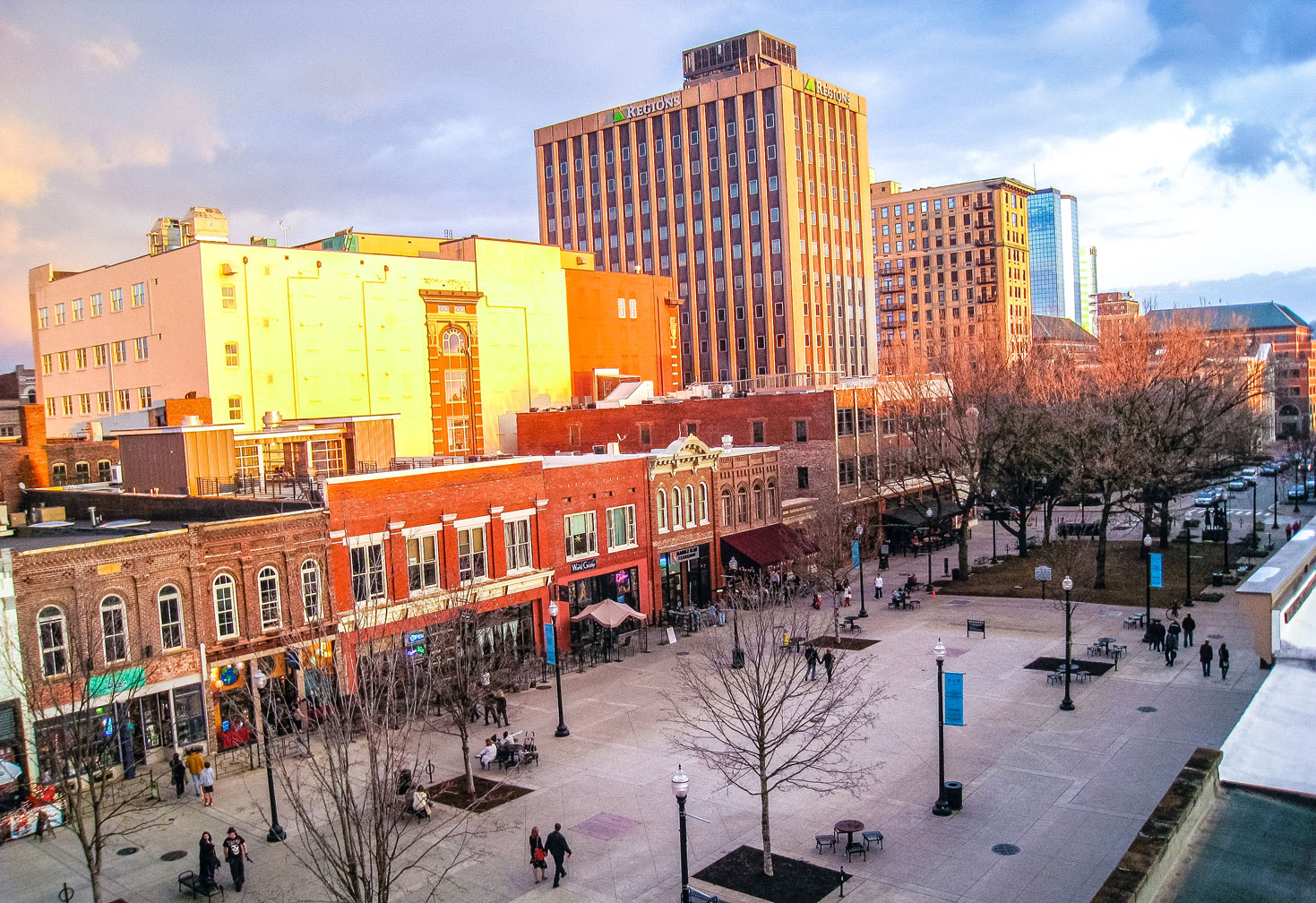 Rooftop view of Knoxville's Market Square.