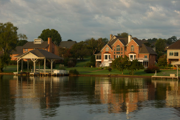 Lakeside residence in Tellico Village